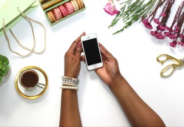 7 Etiquette Tips for Work Calls On the Go